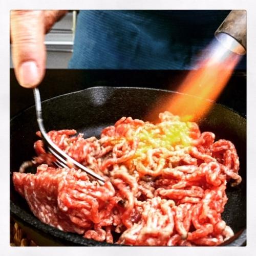 Aan Tafel geflambeerd Rundsvlees